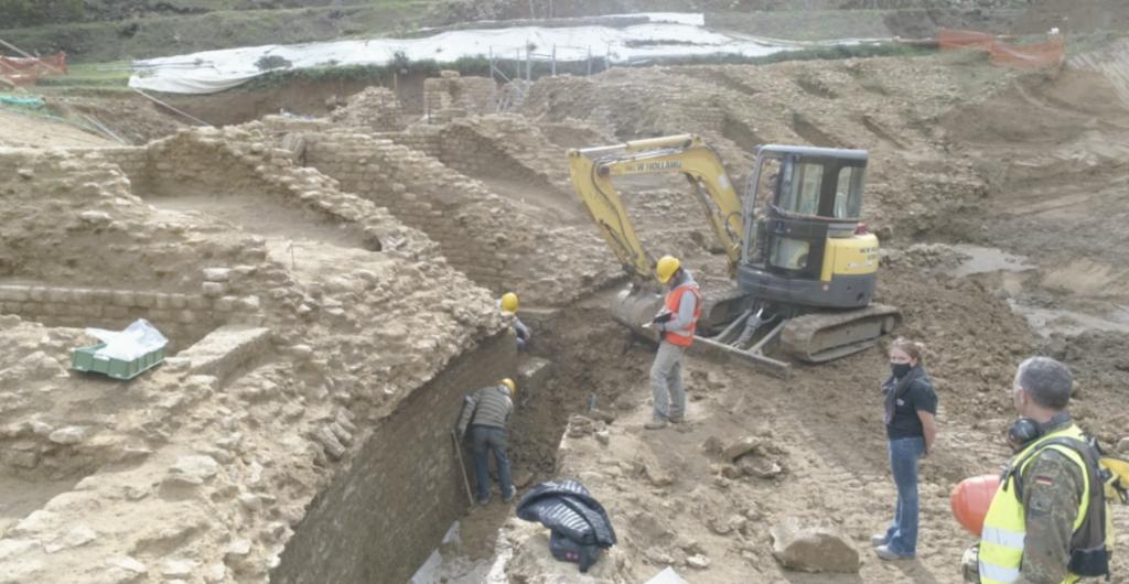 Scavi archeologici dell'anfiteatro di Volterra