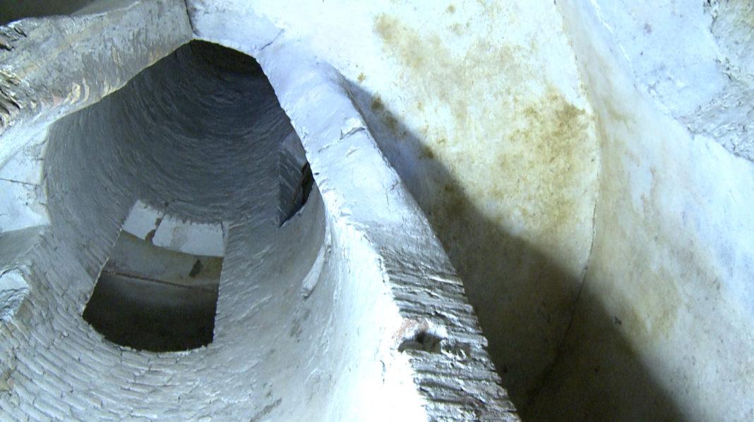 acquedotto romano aqua virgo, acqua vergine